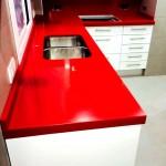 Encimera de cocina roja